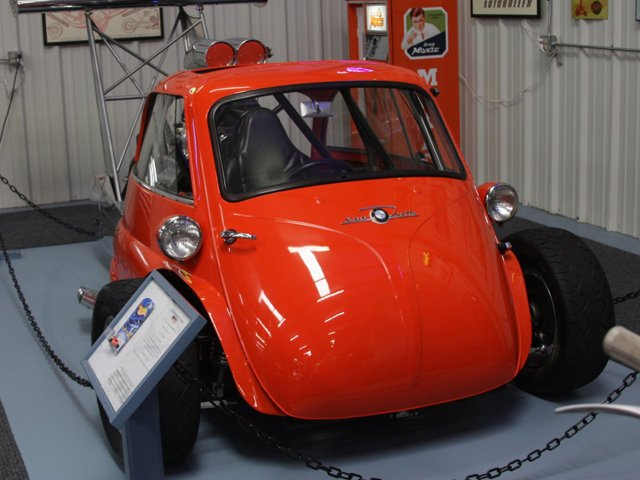 This Bmw Isetta Dragster Could Kill You Localized