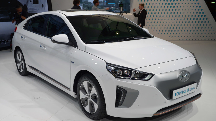 Hyundai predicts 402 km electric vehicle by 2020