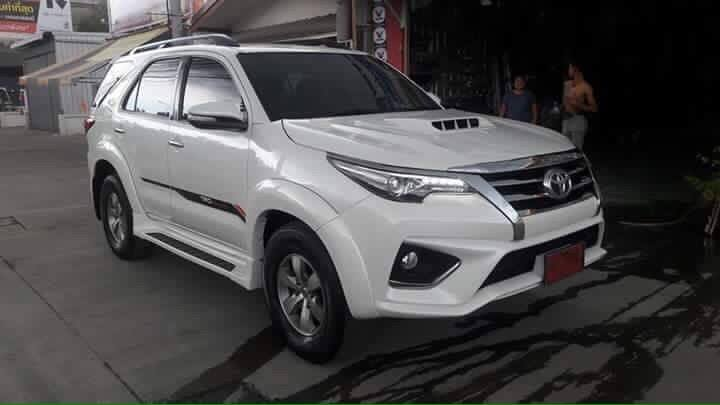 Styling kit converts existing Toyota Fortuner to 2016 Toyota Fortuner