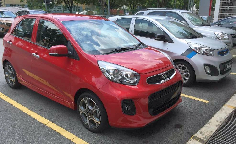 Kia Picanto facelift spied in Malaysia ahead of launch