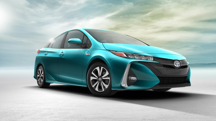Toyota Prius Plug-In delayed for Japanese market