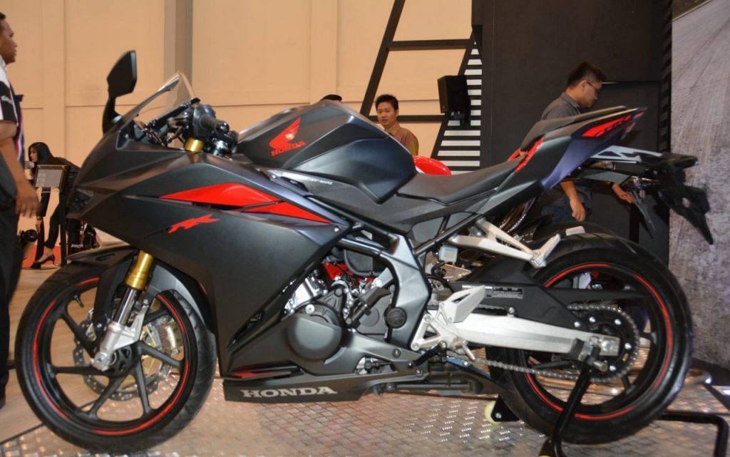 Honda CBR250RR showcased at GIIAS