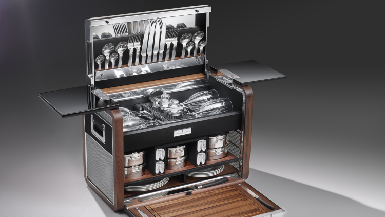 Rolls-Royce just unveiled the Rolls-Royce of picnic baskets