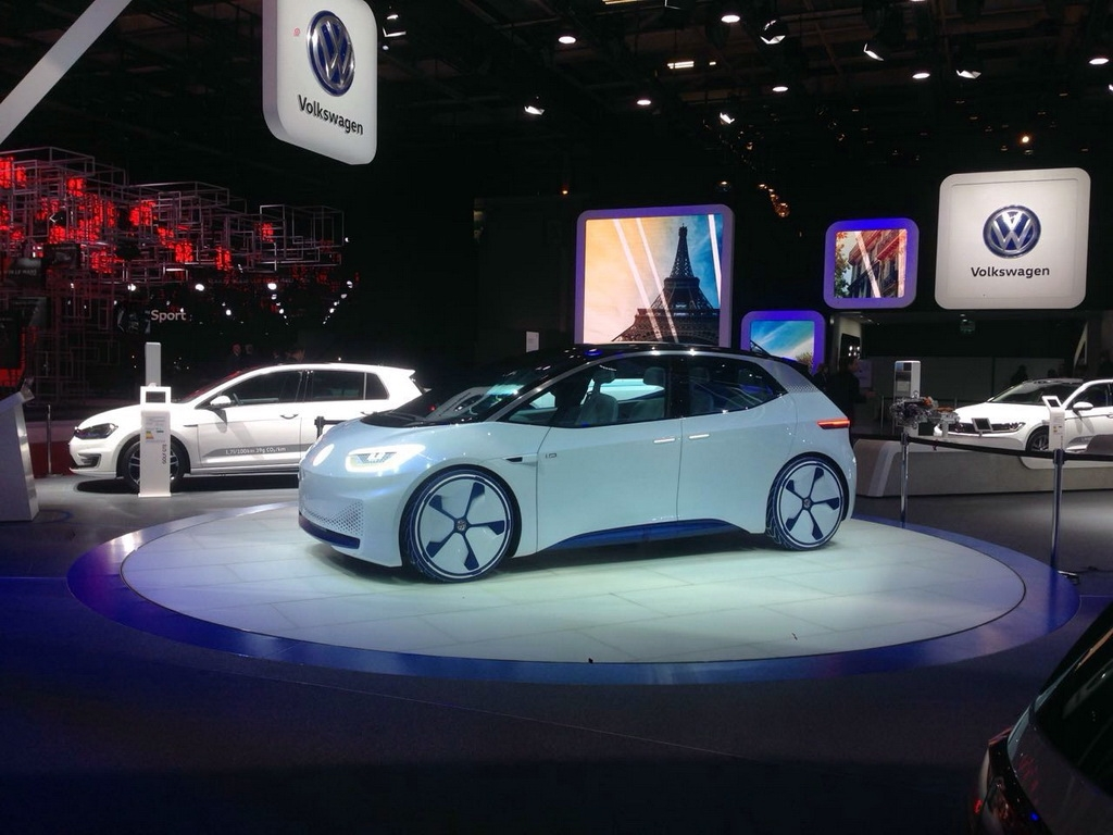 VW I.D. concept at the 2016 Paris Motor Show