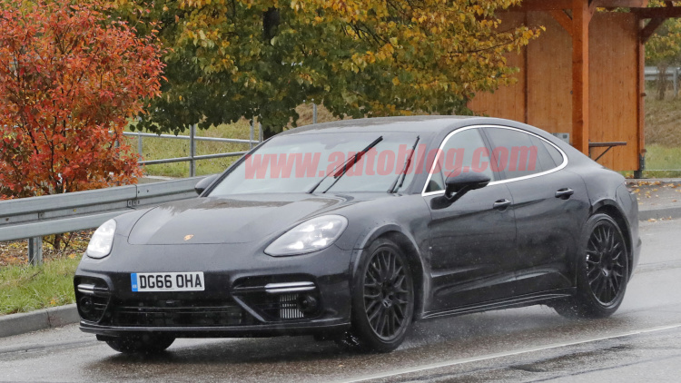 Bentley tests next next-gen Flying Spur on Porsche Panamera Turbo body
