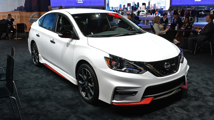 2017 nissan sentra nismo is a modern take on the se r. Black Bedroom Furniture Sets. Home Design Ideas