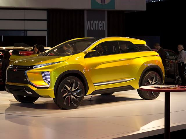 the mitsubishi ex concept is the ev that will lead the company 39 s comeback. Black Bedroom Furniture Sets. Home Design Ideas
