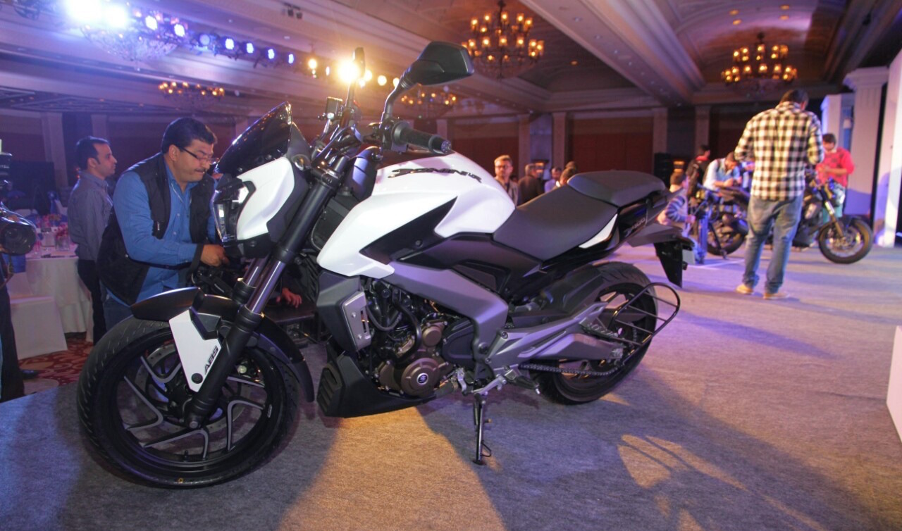 Bajaj Dominar 400 top speed indicated at 167 km/h