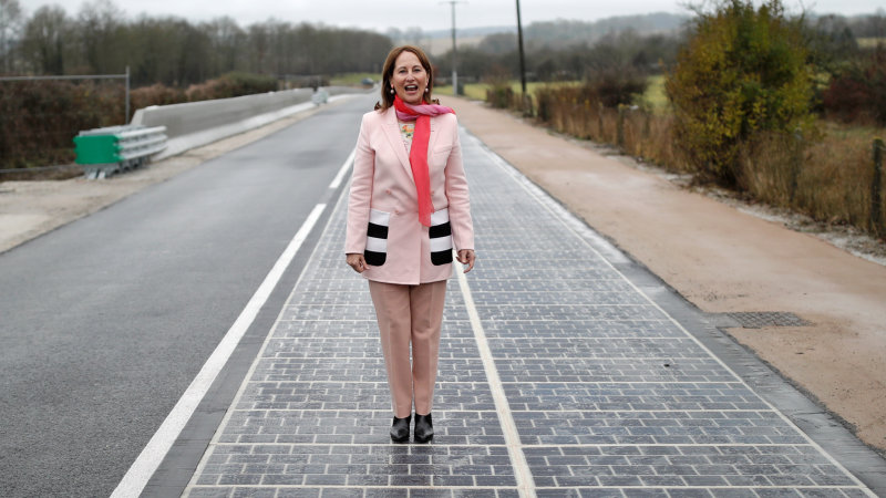Wattway solar road now open for rays in France