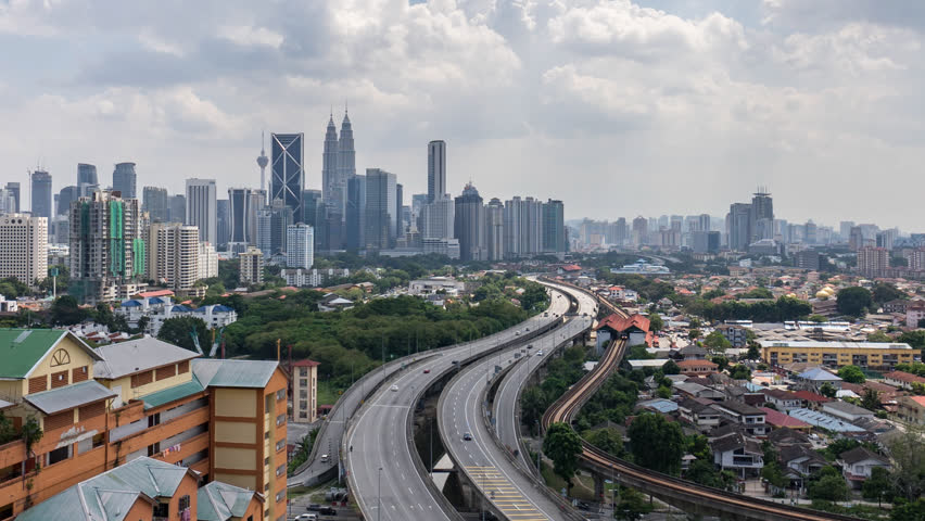 Malaysia paving roads with rubber to give economy a bounce