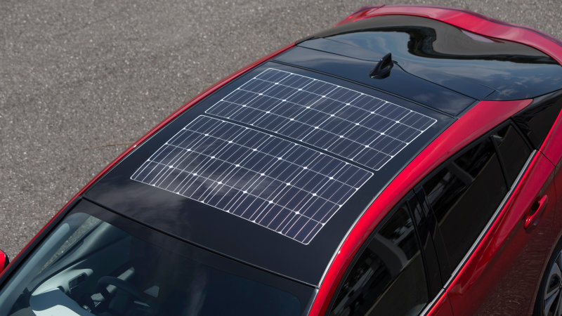 Panasonic is building the solar roof for Japan's Prius plug-in