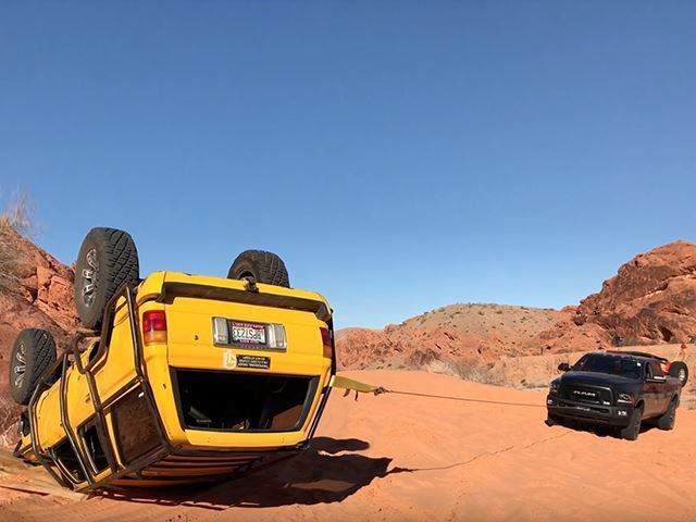 5 Features That Come Standard On The Ultimate Off-Road Truck