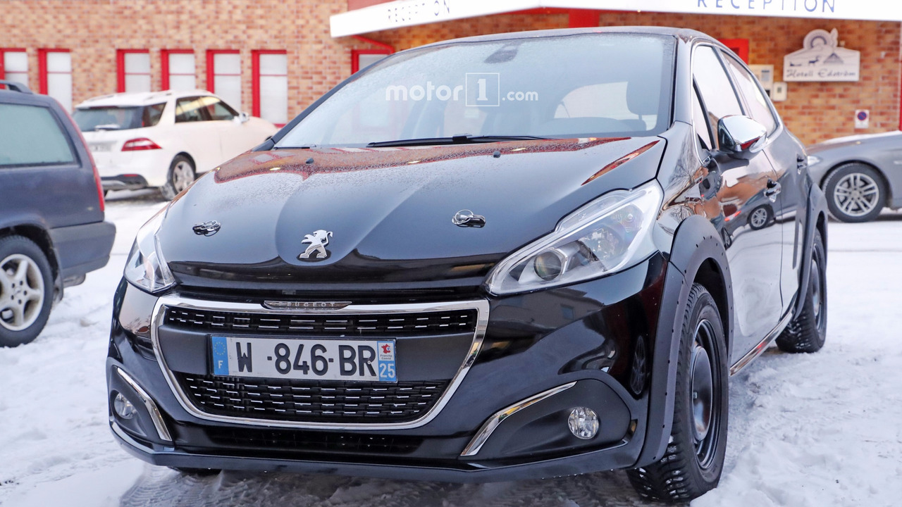 all new peugeot 208 makes spy photo debut localis. Black Bedroom Furniture Sets. Home Design Ideas