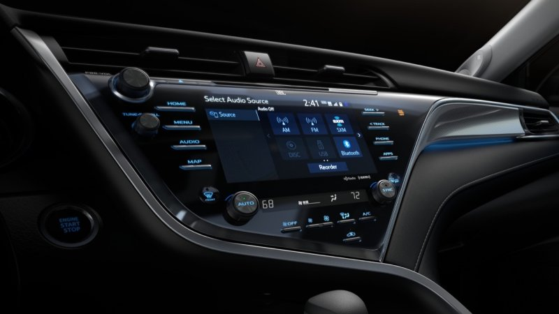 2018 Toyota Camry packs an open-source Linux-based infotainment system