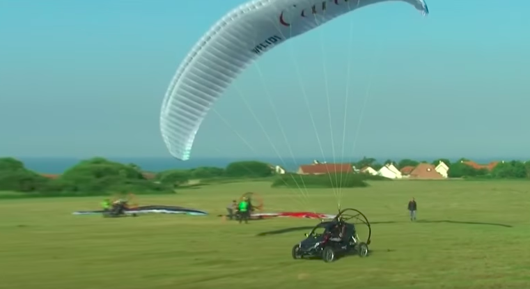 French aviator crosses English Channel in flying car