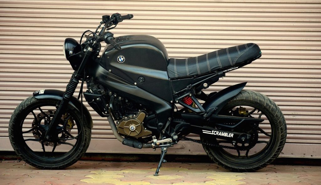 Bajaj Pulsar NS 200 Scrambler by Motorland Customs