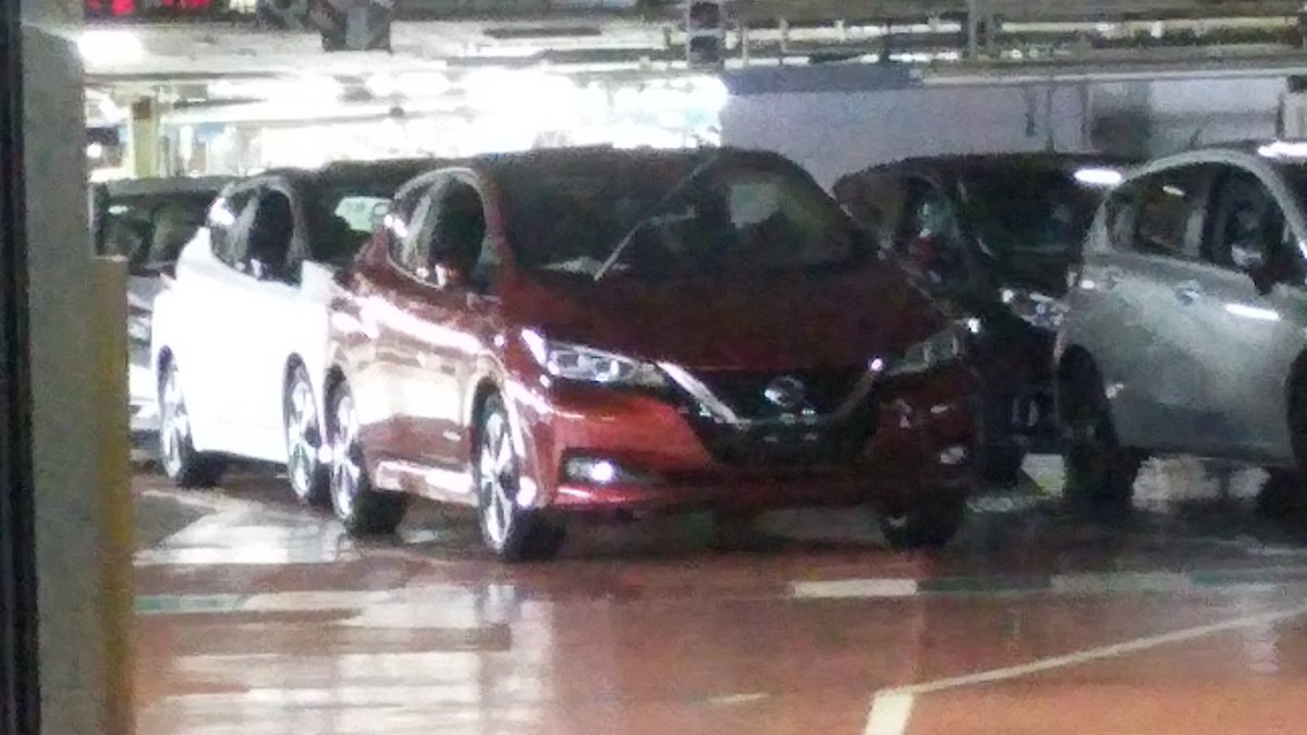 2018 Nissan Leaf spied completely undisguised again