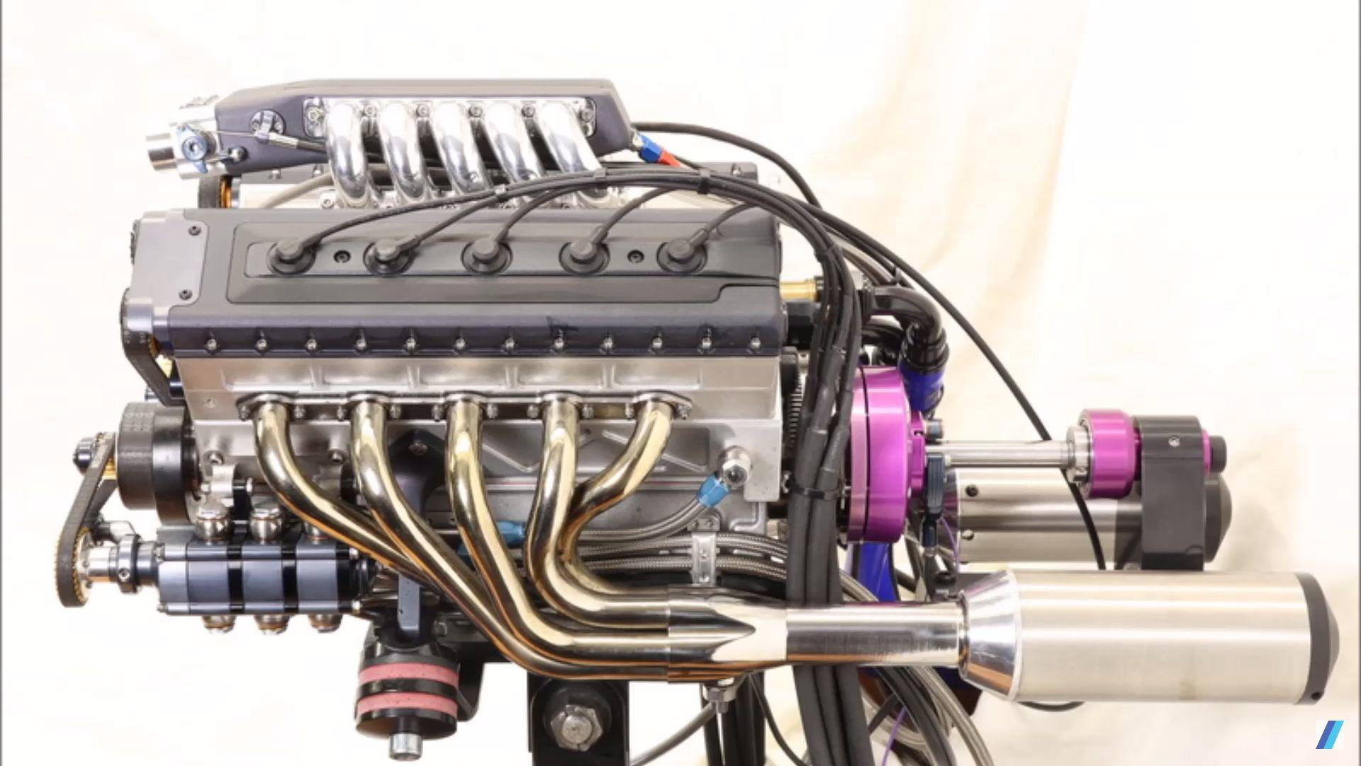 See The Amazing Process Of Building A 125cc V10 Engine At Home