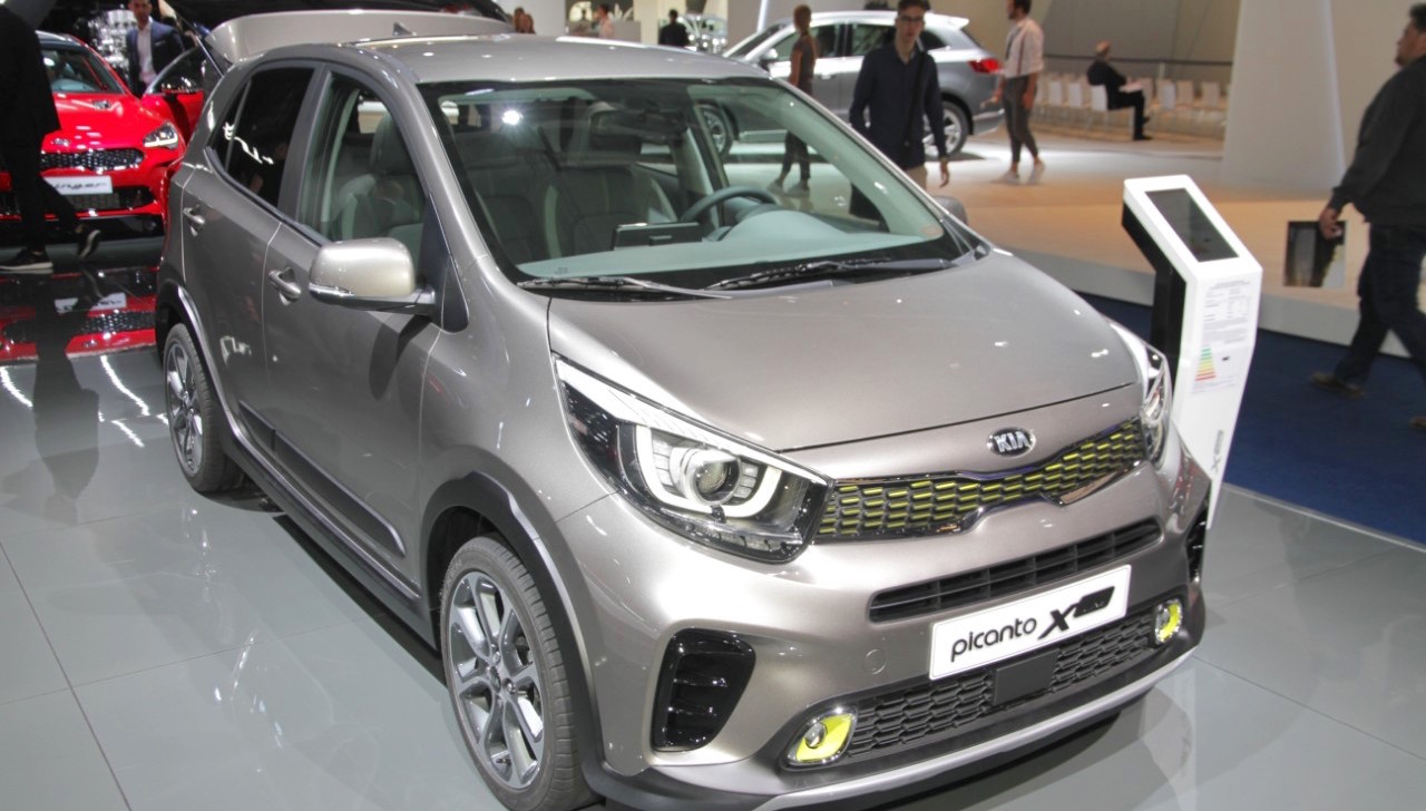 kia picanto x line unveiled. Black Bedroom Furniture Sets. Home Design Ideas