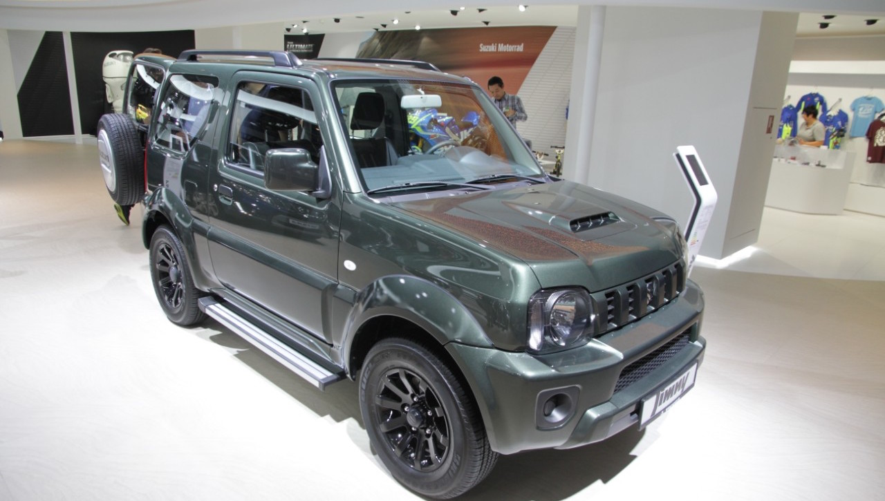 the suzuki jimny has been showcased at the 2017 frankfurt motor show. Black Bedroom Furniture Sets. Home Design Ideas