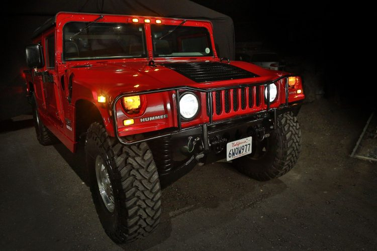 Electric Hummer By Kreisel Makes Its Driving Debut