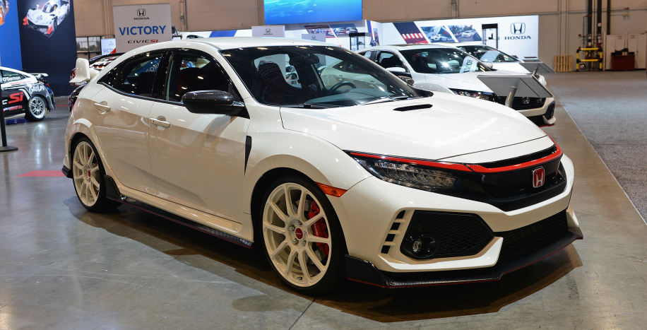 Honda showcases Civic Type R, Civic Si, Fit performance parts