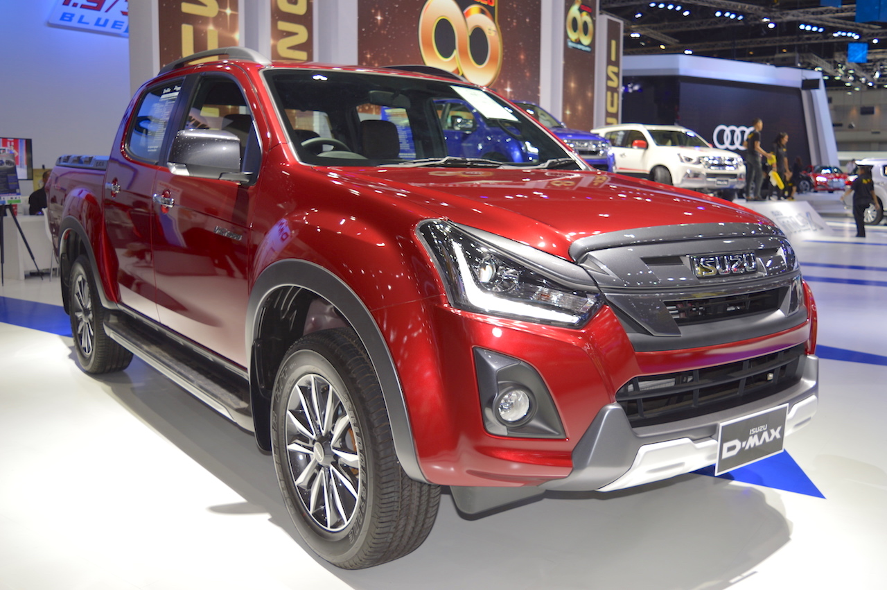 2018 Isuzu D-Max V-Cross at 2017 Thai Motor Expo