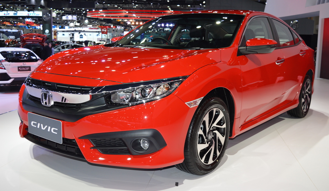 Honda Civic 'Red' at 2017 Thai Motor Expo
