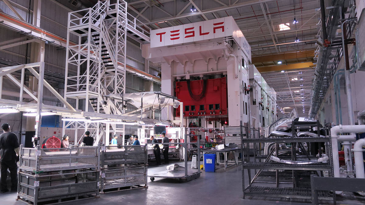 Musk Tweets – Tesla To Eliminate Off 9% Of Workforce