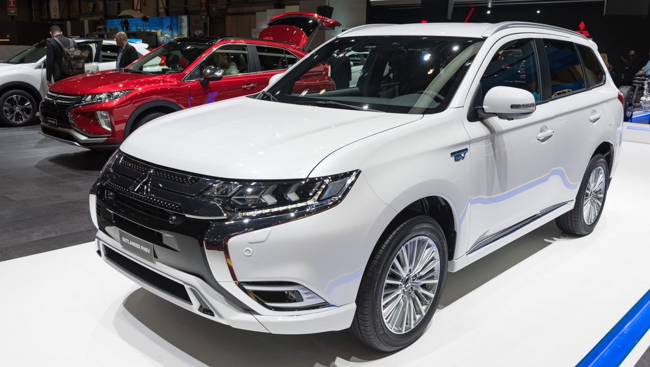 Next-gen Mitsubishi Outlander could be manufactured in France