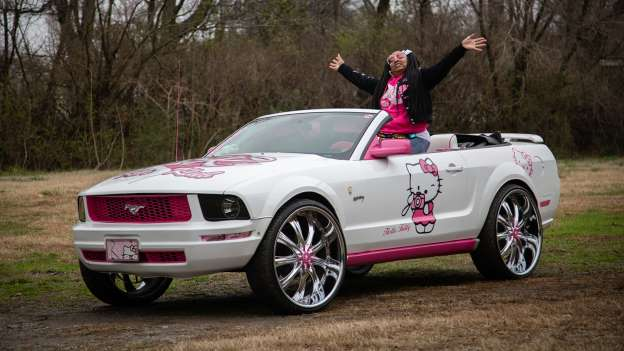 From Pony To Cat: Love/Hate Hello Kitty Custom Mustang