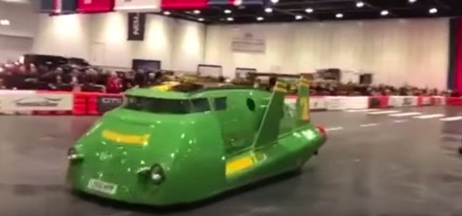 Thunderbird 2 Replica Is Weirdest Toyota Previa You've Ever Seen