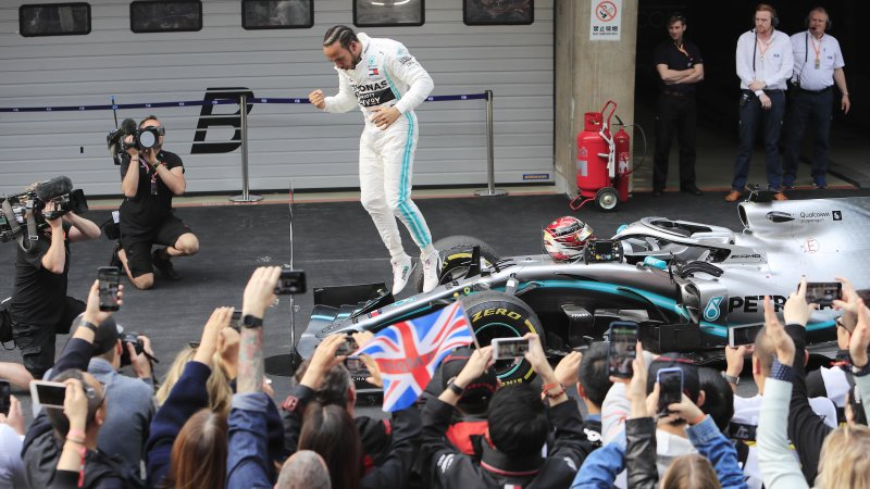 Lewis Hamilton wins the 2019 Chinese Grand Prix