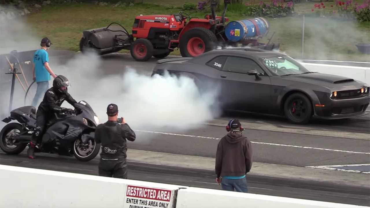 Watch A Hayabusa Take On Challenger Demon In The Quarter Mile