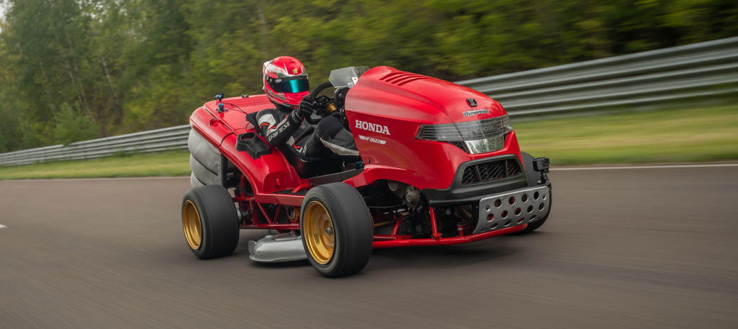 Watch Honda Mean Mower V2 hit 160 km/h in 6.29 seconds, top out at 241 km/h
