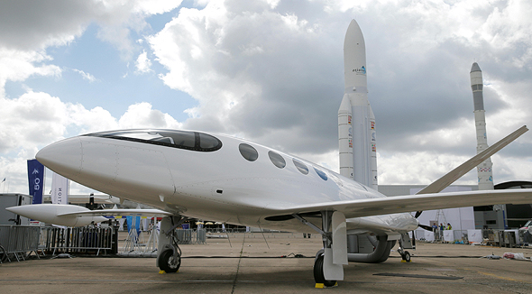 All the electric flying machines come home to roost at the Paris Airshow