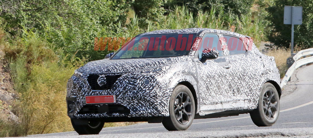 Nissan Juke prototype spied alongside old model in Europe