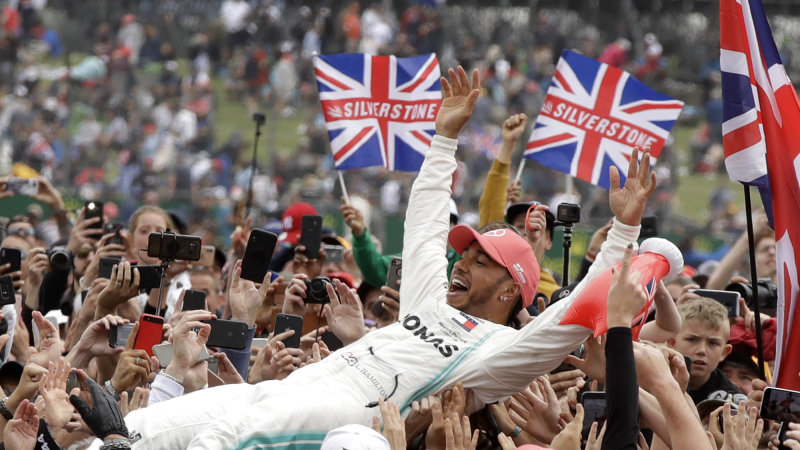 Lewis Hamilton wins record sixth British Grand Prix