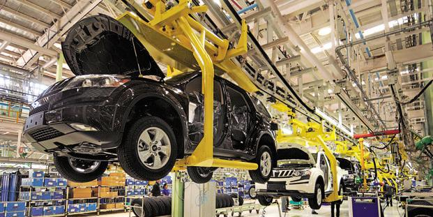Slumping auto sector in India may have laid off 350,000 workers