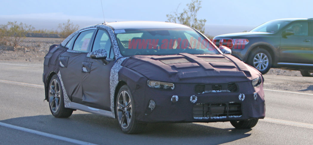 Next-generation Kia Optima spied for the first time