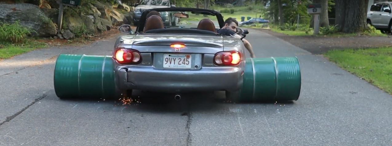 Barrel-Wheel Mazda Miata Does Big Burnout, Sparks Are Everywhere