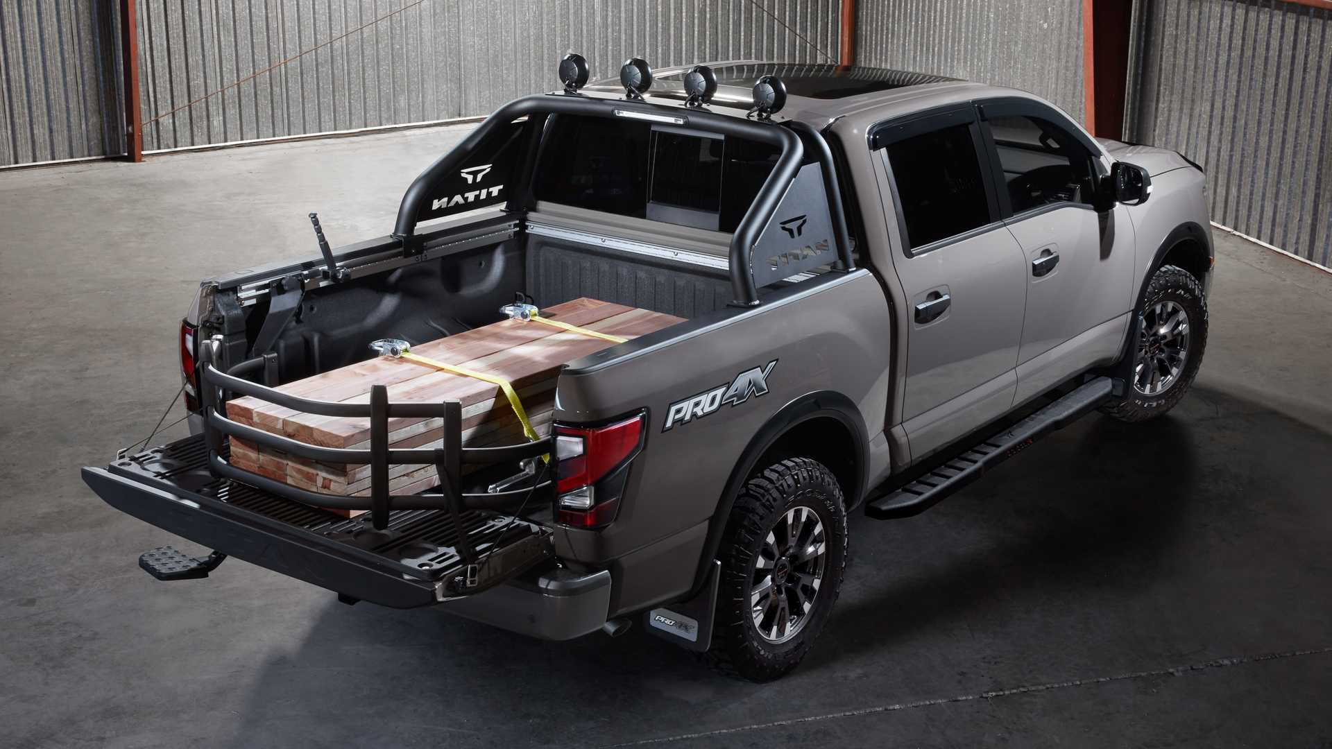 Nissan Titan Shows Off Wide Variety Of Accessories At SEMA