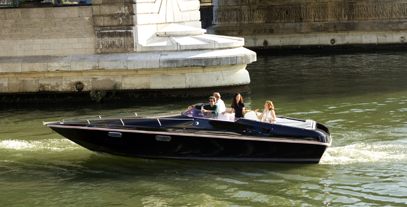 Used Renault EV Batteries Can Now Carry You on the Seine in Paris