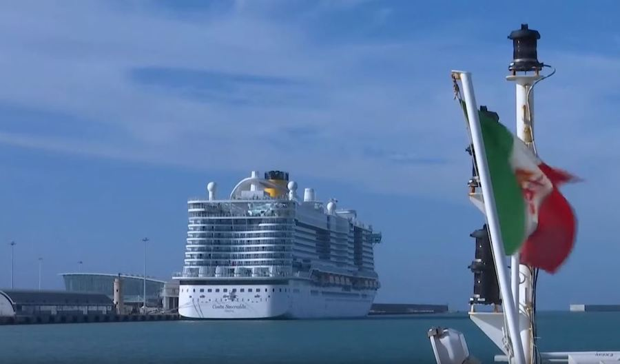 Up to 7,000 People Held on Cruise Liner Over Suspected Case of Coronavirus [Updated]