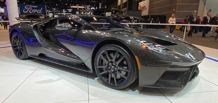 Ford GT Adds HP, Drops Jaws With Stunning Liquid Carbon Edition