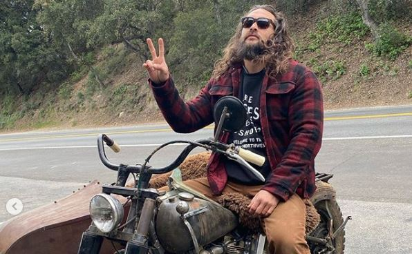 Jason Momoa Is Still Being Awesome on His Fave Knucklehead He Built From Scratch