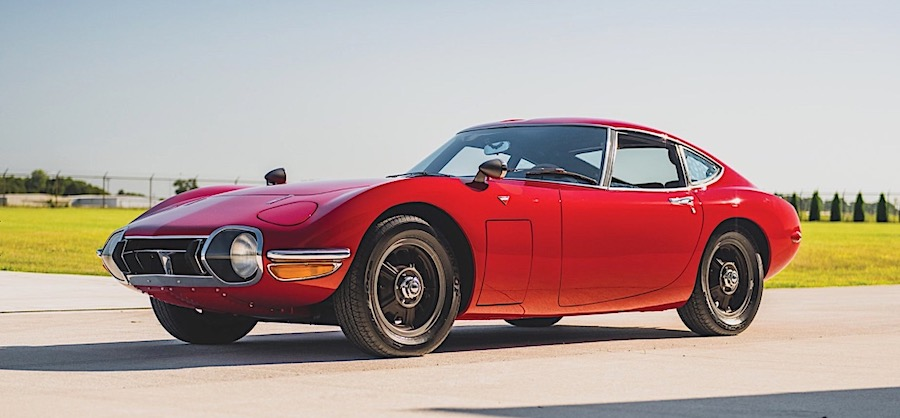 The Toyota 2000GT Was Once More Expensive Than a Porsche, and for Good Reason