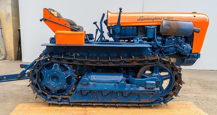 It Might Not Look Like It, But This Tracked Orange Contraption Is a Lamborghini