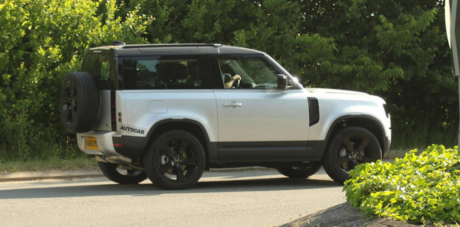 New Land Rover Defender: six-pot diesel spotted testing