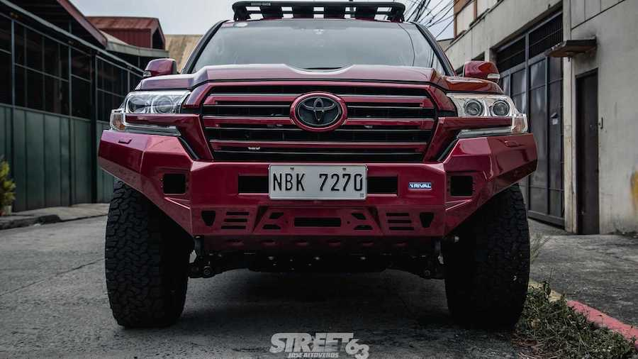 Custom Toyota Land Cruiser Is Set To Conquer Urban Jungles And More